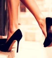 High Heels, Turnschuhe oder Flip-Flops